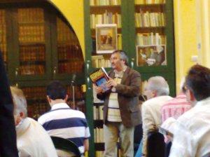 Daniel Corbu prezentant revista Feed-Back